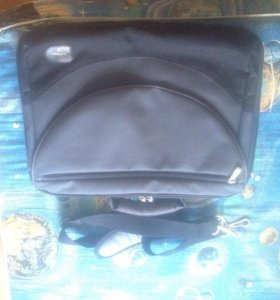 сумка для ноутбука как новая