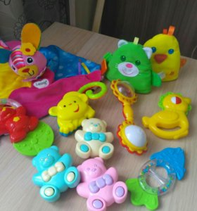 Развивающие игрушки погремушки 0-1 годик