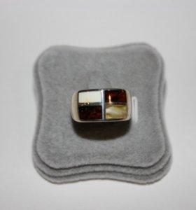 Серебряное кольцо с янтарем и подвеска, новые