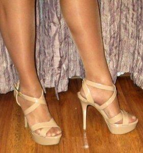 Босоножки бежевые кожаные новые, Jessica Simpson