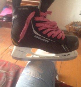 Хоккейные коньки BAUER supreme one4. 7R