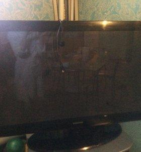 Срочно !!Продам  телевизор плазменный