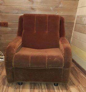 Кресла велюр.