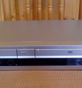 DVD плеер, плюс кассеты