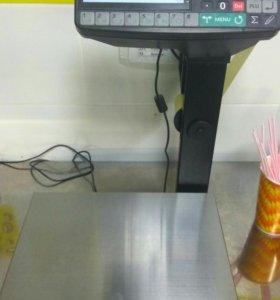 Весы электронные с печатью наклеек