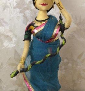 Коллекционная кукла статуэтка индианка