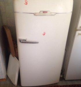 Холодильник ЗИЛ/самовывоз
