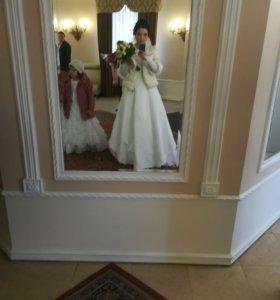 Свадебное платье, фата и туфли 38 размера