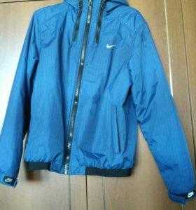 Ветровка Nike оригинал, есть торг