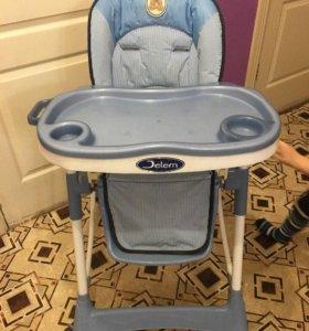 Продаем стульчик для кормления JETEM