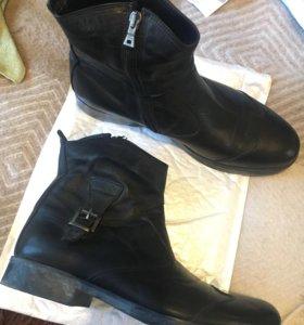 Ботинки мужские новые 42