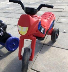Беговел-мотоцикл красный