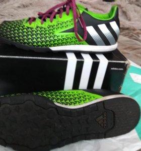 Бутсы футбольные ( сороконожки) adidas ace
