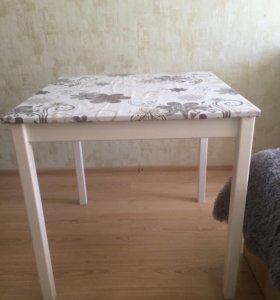 Стол, 75*75 см
