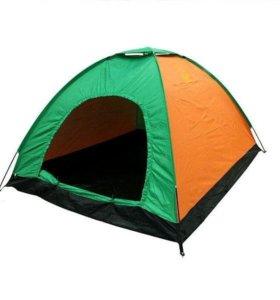 Новая четырехместная туристическая палатка.
