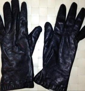 Кожаные перчатки с мехом р-р 6,5