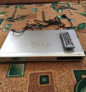 Проигрыватель DVD LG