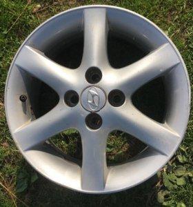 Продаю литые диски от Hyundai Accent
