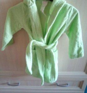 Махровый халат.