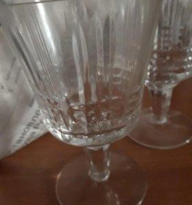 Бокалы  и стаканы хрустальные 12 штук.