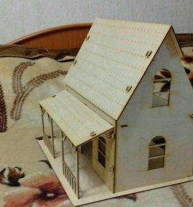 Новый игрушечный кукольный домик