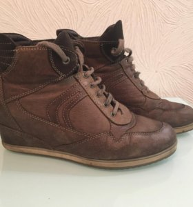 Ботинки кроссовки geox