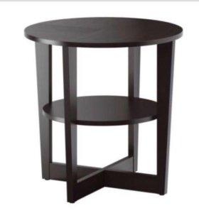 Придиванный столик Вейман. Икеа. Новый