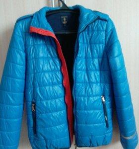 Куртка демисезонная для подростков.