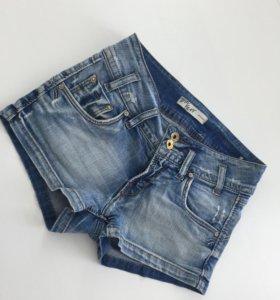 Джинсовые шорты Tom Farr