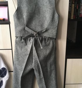 Костюм двойка ( жилет, брюки) на мальчика