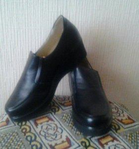 Туфли женскин новые