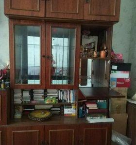 Шкафы для посуды,книг,кн.полки,диван-самовывоз