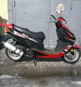 Скутер XY150T