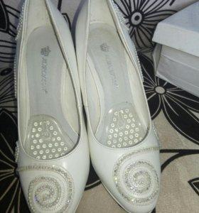 Туфли женские,свадебные