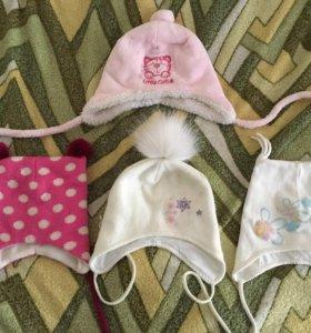 Фирменные шапки для девочки