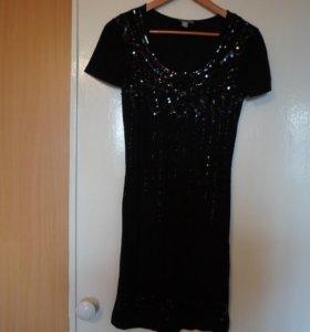 Платье чёрное, трикотажное, нарядное