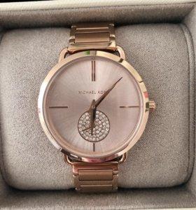 Часы MICHAEL KORS новые женские оригинал в идеальн