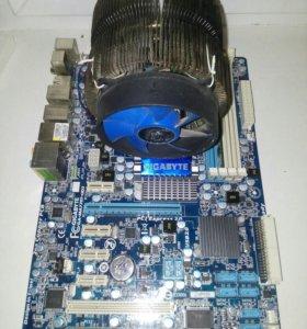 Материнка с кулером ,процессором и оперативкой