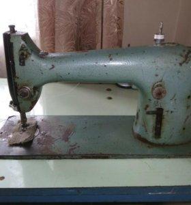 Швейная машинка промышленная