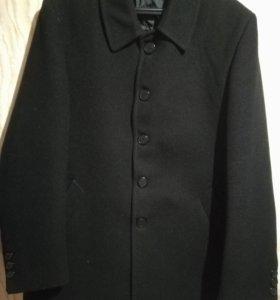 Пальто демисезонное 50-52 размера