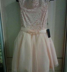Платье новое( с этикеткой) 42 нежно персикового цв