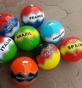 Новые .Мяч футбольный .