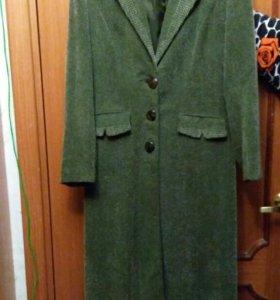 Пальто женское весенне-летнее 46 размер