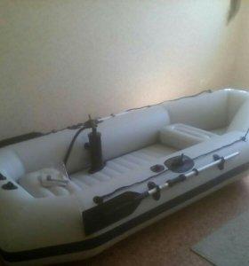Лодка Stormline новая
