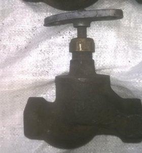 Вентиль чугунный Ру 16 - 40