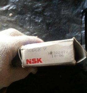 Подшипник NSK