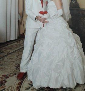 Свадебное платья с зеркальными камнями