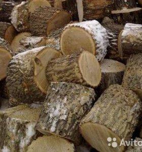 дрова дубовые .
