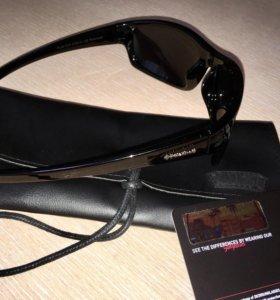 Новые оригинальные очки с сумочкой