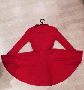 Платье в стиле alaia